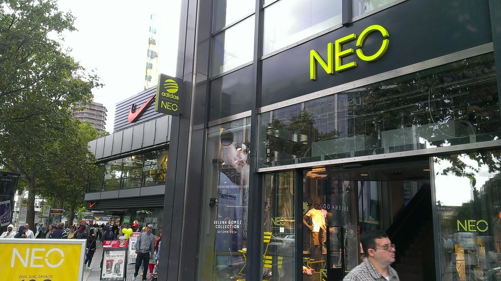 Adidas und Nike am Tauentzien in direkter Nachbarschaft