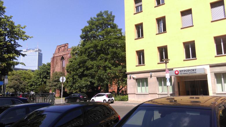 Zum Abschied nochmal ein Bild mit der Ruine der Klosterkirche nebenan